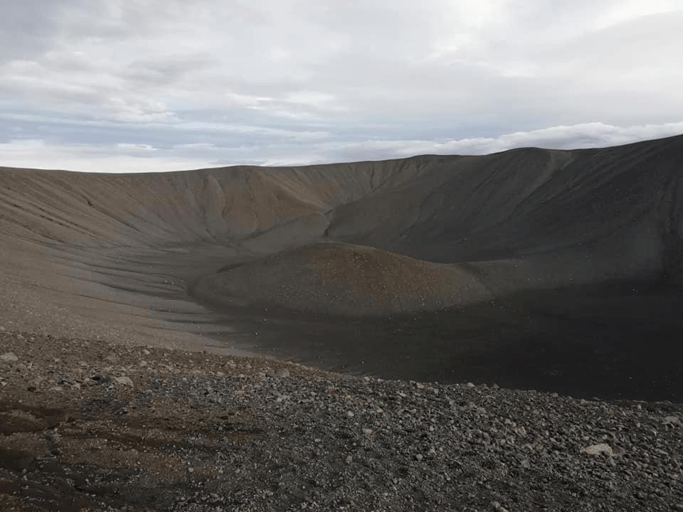 cratère hverfell volcan